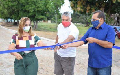 Prefeitura de Guadalupe entrega calçamento da Rua Pernambuco e reforma da UBS da Vila Parnaíba