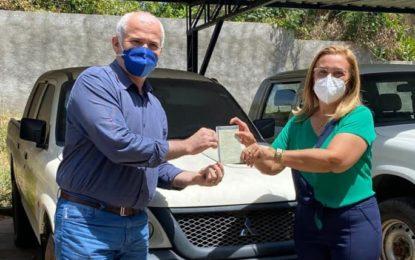 Ação dos deputados Júlio César e Georgiano Neto asseguram duas caminhonetes para a Prefeitura de Guadalupe