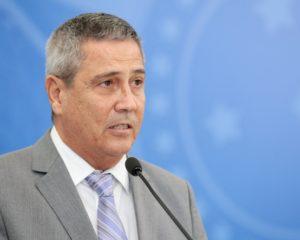 Ministro Braga Netto testa positivo para Covid-19