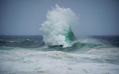 Marinha emite alerta de ressaca do mar e ondas de até 2,5 metros no Litoral do Piauí