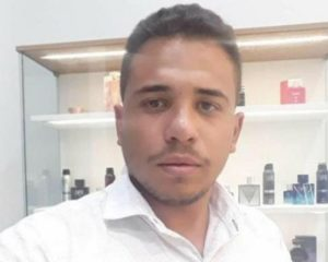 Floriano: Colisão entre moto e caminhonete deixa um morto