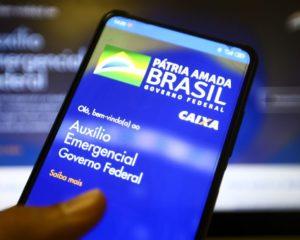 Auxílio emergencial e FGTS: Caixa libera benefícios a 9 milhões de pessoas