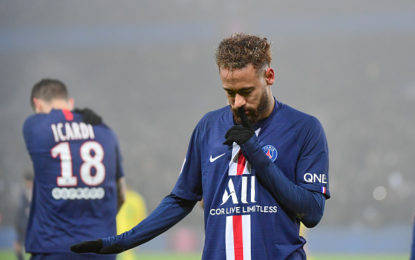 Neymar acusa adversário de racismo em jogo pelo PSG; jogador nega