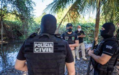 Polícia deflagra operação contra suspeitos de ordenar homicídios de dentro de penitenciárias